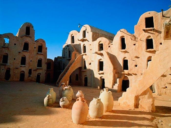 Тунис - первое поселение финикийцев